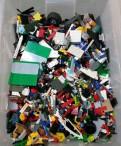 Ящик с конструктором Lego