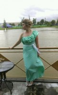 Коктейльные платья с пышной юбкой купить, продам платье