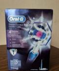 Электрическая зубная щетка Oral-B PRO 4000