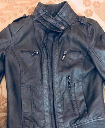 Женская одежда сорока, кожаная куртка