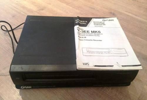 Видеомагнитофон кассетный Funai