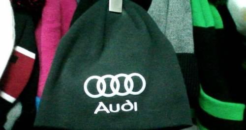 Шапка вязанная Audi новая. Тёмно серая