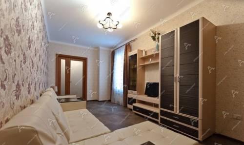 2-к квартира, 60 м², 2/5 эт