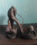 Босоножки, купить зимнюю обувь саломон