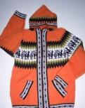 Черные джинсы в обтяжку мужские, яркий свитер Перу альпака шерсть перуанский свитер