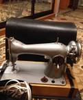 Швейная машина Подольск электрическая, со столом -т