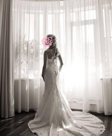 Свадебное платье айвори силуэта «рыбка» со шлейфом, одежда фирмы элис интернет магазин