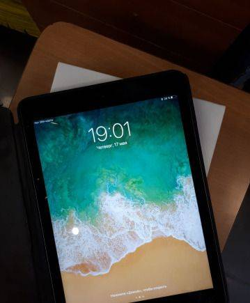 Apple iPad AIR. 16 GB. LTE. SIM