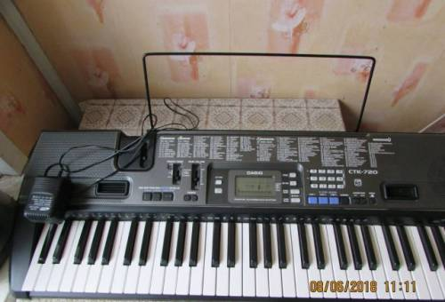 "Синтезатор ""Casio CTK-720"""