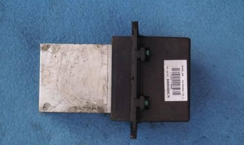 Масло в датчике холостого хода, jeep Grand Cherokee (WH/WK) 2004-2010г резистор