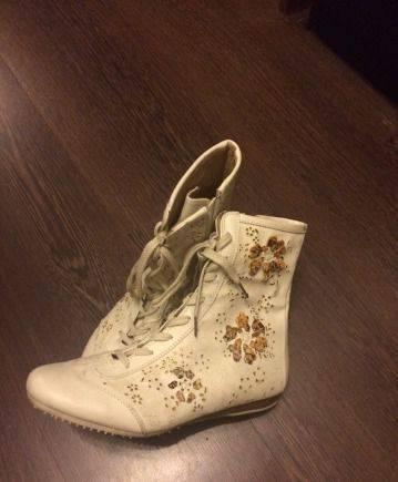 Белые ботинки, ортопедическая обувь для пожилых женщин