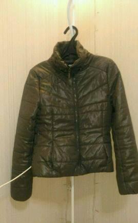 Куртка, платье в мелкий горошек с рукавом
