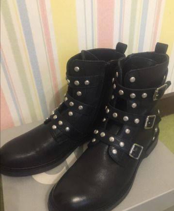 Купить кроссовки адидас респонс, ботинки Италия