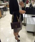 Elisabeth Franchi юбка, туфли под красное кружевное платье
