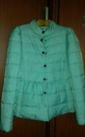 Курточка демисезонная, рубашка в клетку на бедрах