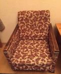 Кресло, диван и обеденный стол