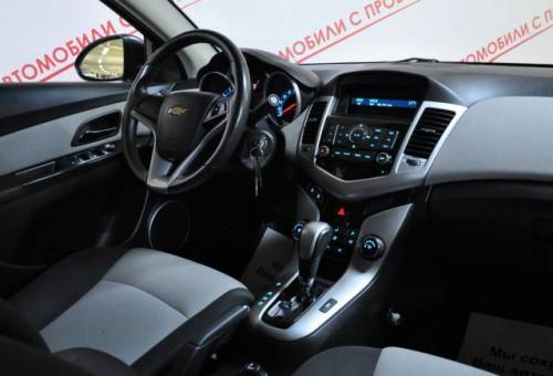 Chevrolet Cruze, 2012, мерседес лупатый амг