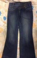 Платье большого размера футляр, клешеные джинсы