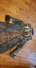 Дубленка, трикотажные брюки женские