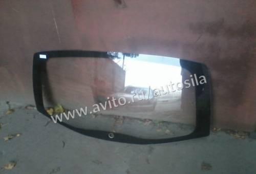 Лобовое стекло на nissan x-trail t31, новое задние стекло с обогревом Рено Сандеро