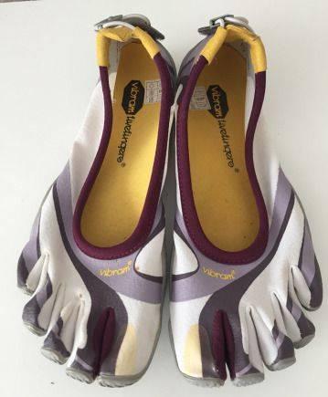 5343fc7bd Кроссовки Vibram, купить мужскую обувь маленького размера ...