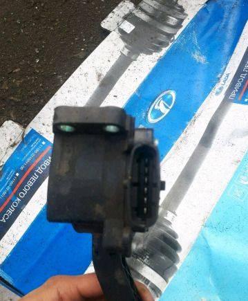 Электронный педаль газа ваз 2113 2114 2115, подшипник промежуточного вала газ 3110