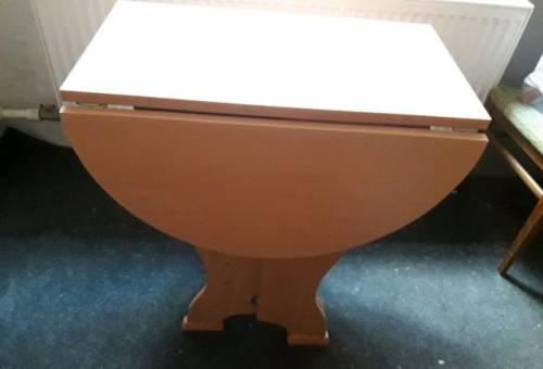 Разборный кухонный стол