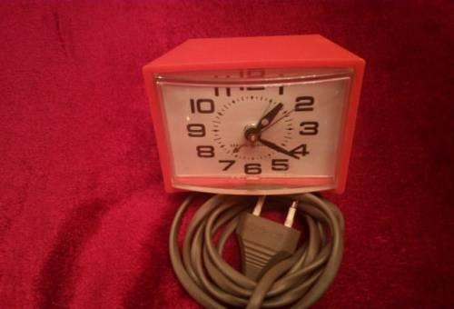 Часы настольные General Electronic 7H299