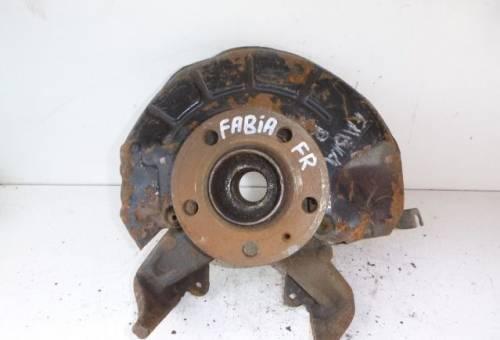 Кулак поворотный передний правый Skoda Fabia 2007), кулиса бмв е32 купить