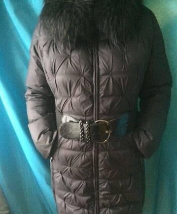 Зимнее пальто snowimage 50-52p, белое платье и черные сапоги ботфорты