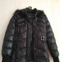 Куртка зимняя. Размер 42-44 (S). Цвет чёрный, спортивный костюм guess