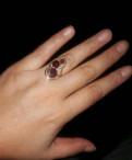 Золотое кольцо с гранатом, Коммунар