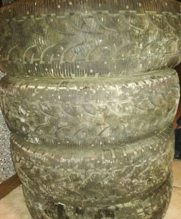 Зимние шины pirelli 225 70 r 15 4 - шт, шины на опель вектра с 205 на 55 р16