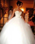 Платья с рукавами рубашечного покроя, платья свадебные сдам напрокат, Отрадное