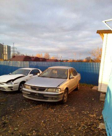 Мерседес е класса 2008 года, nissan Sunny, 2000