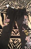 Джинсы zara с вышивкой, женские топы размер