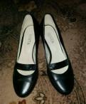 Продам туфли, зимние сапоги со скрытым каблуком