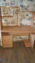 Компьютерный стол, Металлострой