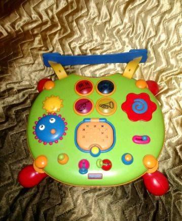 Развивающий стол, игрушки