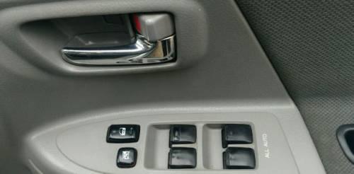 Toyota Voxy, 2002, opel vectra автомат