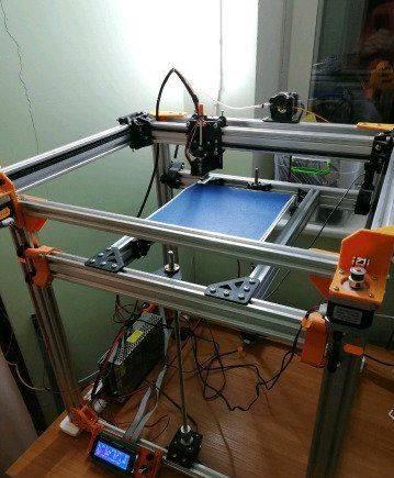 3D принтер Re-D-Bot