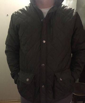 Куртка стёганная, футболка трэшер цена
