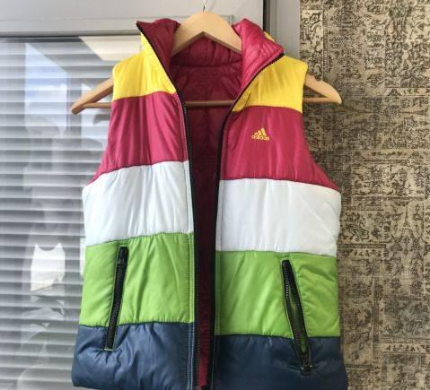 Каталог верхней одежды ланика новинки, жилет женский Adidas