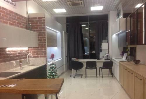 Дизайнер продавец кухонной мебели