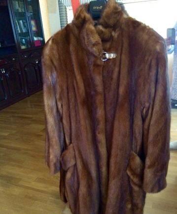 Продаю шубу б/у из натурального меха, вечерние платья больших размеров хельга
