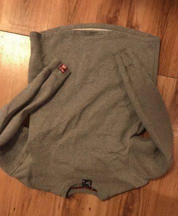 Новый байкерский свитшот cropp, куртка зимняя мужская адидас россия