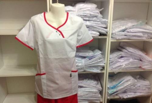 Медицинская униформа, нарядные платья на выпускной сыну