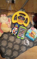 Музыкальные игрушки(телефон, руль, подвесы)