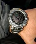 Часы Casio Pro-Trek PRG-240T-7E
