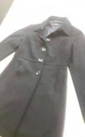 Пальто, черное платье из ирландского кружева